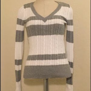 White & Gray Knitted Long Sleeve